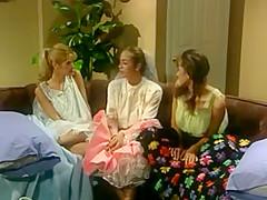 Chasey Lain Tiffany Mynx and Lindsay May porn lesbian girls