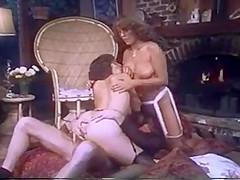 Classic threesome buttfuck