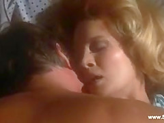 Angie Dickinboy nude - Dressed To destroy (1980)