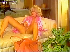 Girl On The Run (Sweet Hitchhiker) - 1984
