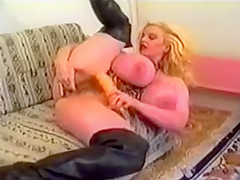 Young Chessie Moore - Fisting