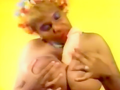 Yolanda (Hot BBW with huge tits masturbating!)