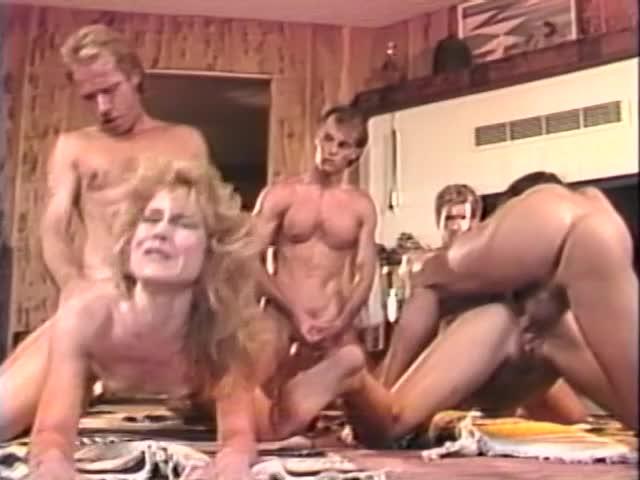 Порно прям на улице