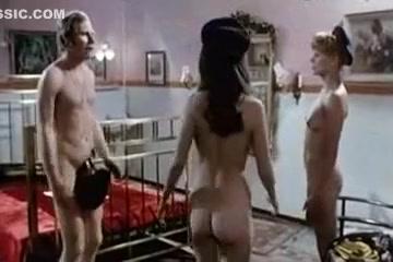 super-retro-komedii-erotika-smotret