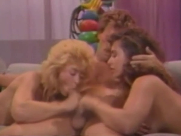Blonde Big Ass Threesome