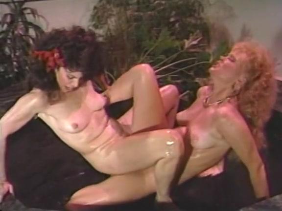 Elbow Deep Lesbian Fisting
