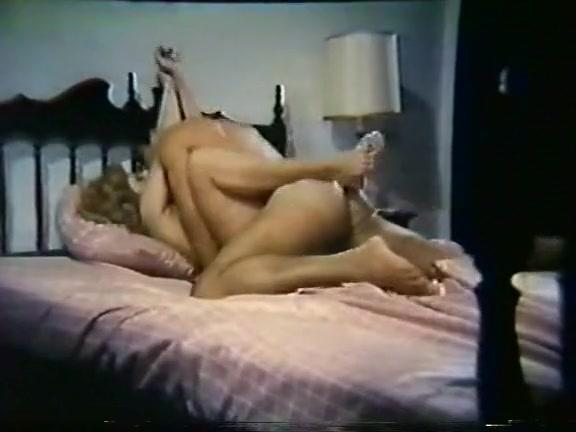 lesbiyanki-krasivie-s-bolshoy-grudyu