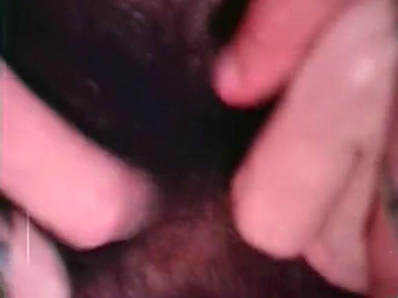 zhurnali-pro-golih