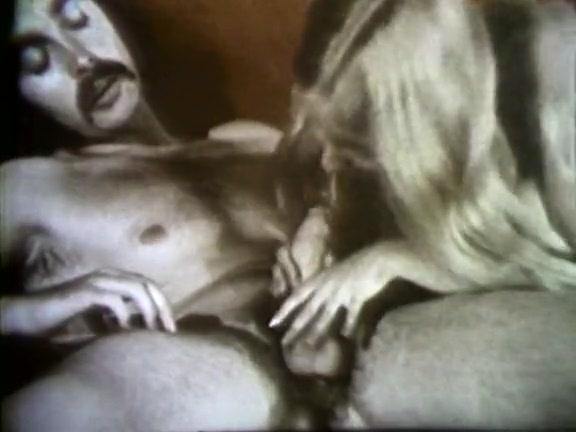 Молоденькие порно онлайн смотреть бесплатно