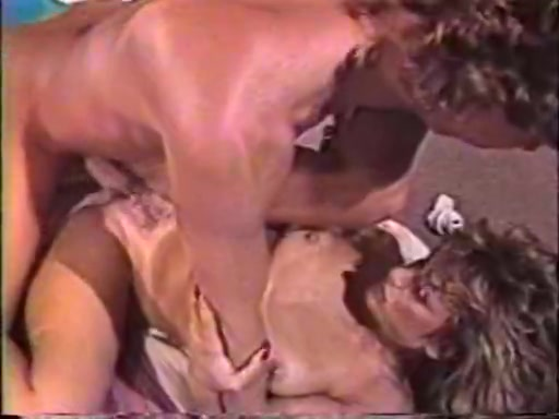 Annette Schwartz adora el sexo interracial - Pornes