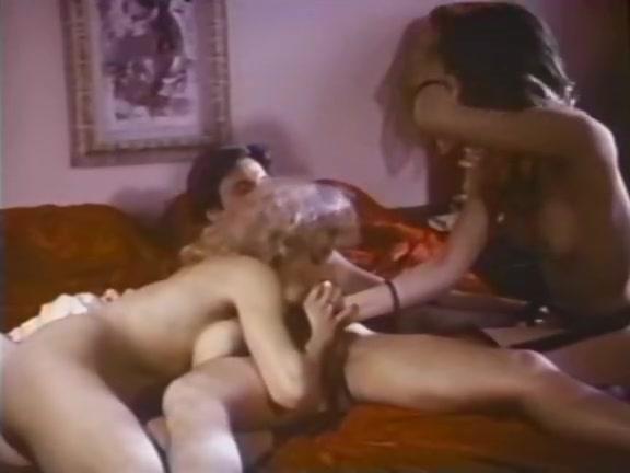 Fabulous facial vintage clip with Mai Lin and Nicole Black