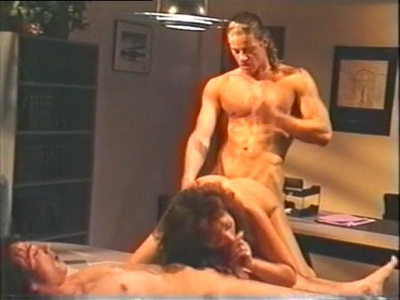 порнофото жену насилуют