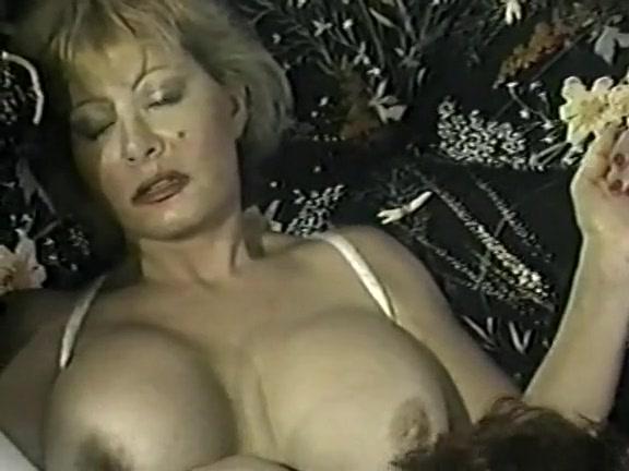 nude Anal kitten natividad