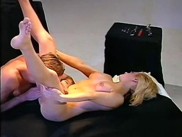 большое дилдов жопе порно