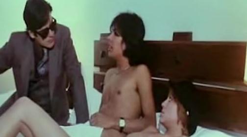 Aberraciones sexuales de una mujer casada threesome erotic 2