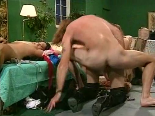 Mature dallas callan and young ashley shye lesbian lovers 2