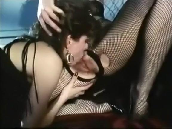 Ebony Amateur Anal Threesome