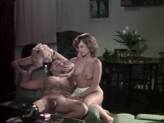eroticheskie-filmi-o-zhenskom-dominirovanii-devushki-dayut-analno