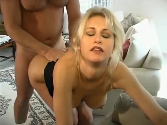 Muscle babe porn lesbian