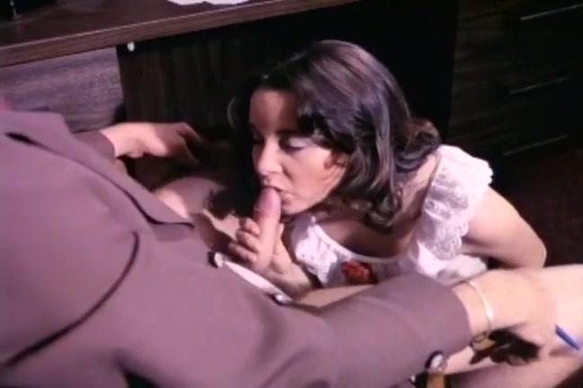 просмотр порно онлайн со взрослыми женщинами